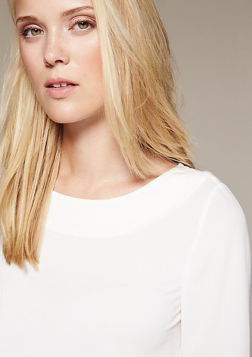 Lightweight long sleeve top in a fabric blend from comma