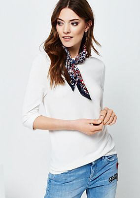 Beautiful knit jumper in a mix of patterns with 3/4-length sleeves from s.Oliver