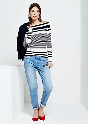 Casual boyfriend jeans with decorative patches from s.Oliver