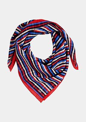 Delicate scarf with an exciting all-over print from s.Oliver