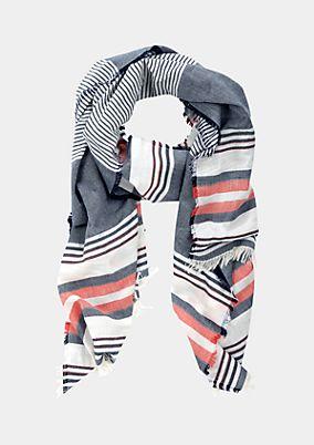 Eleganter Schal mit Fransenverzierungen