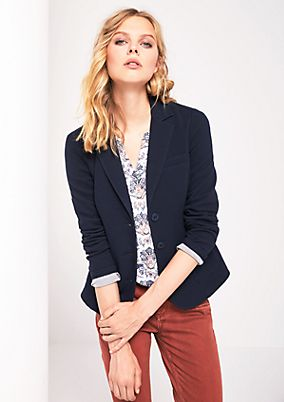 Lightweight blazer with sophisticated details from comma