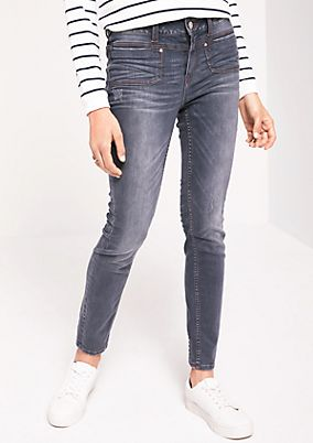 Fashionable jeans with a vintage finish from comma