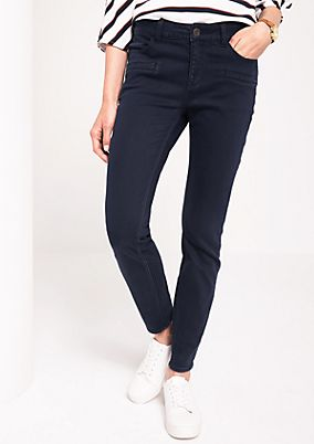 Coloured denim jeans with fine details from comma