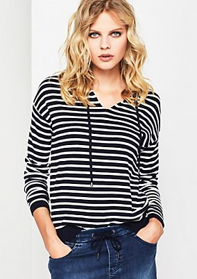 Fine knit jumper with a classic stripe pattern from comma