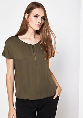 Sporty short sleeve blouse with a zip from s.Oliver