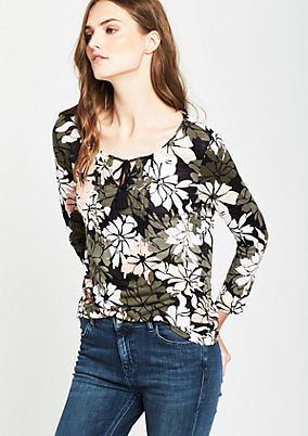 Top with 3/4-length sleeves and a fascinating all-over print from s.Oliver