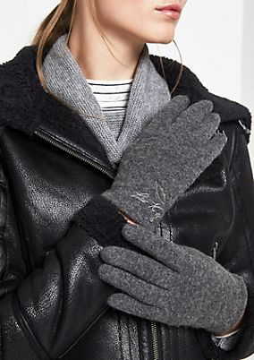 Soft fine knit gloves from comma