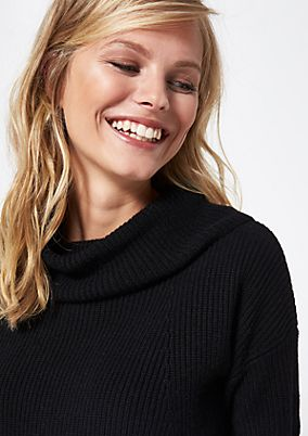 Roll neck jumper in an elegant ribbed look from comma