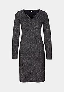 Lässiges Kleid mit Fischgrät-Muster