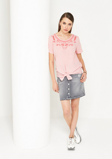 Short sleeve blouse with a fine striped pattern from comma