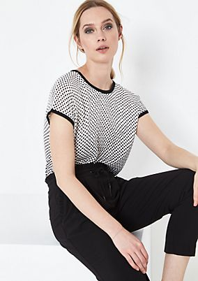 Fine knit top with a polka dot pattern from comma