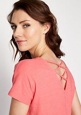Jerseyshirt mit raffinierten Details