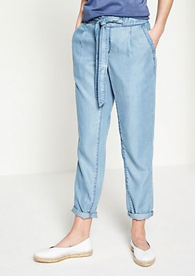 Casual jeans with a fabric belt from comma