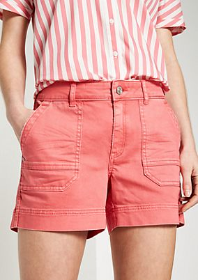 Jean shorts in coloured denim from comma