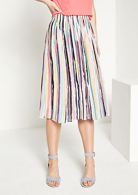 Pleated crêpe skirt with a striped pattern from comma