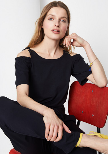 Jersey jumpsuit with casual cut-outs on the shoulders from comma