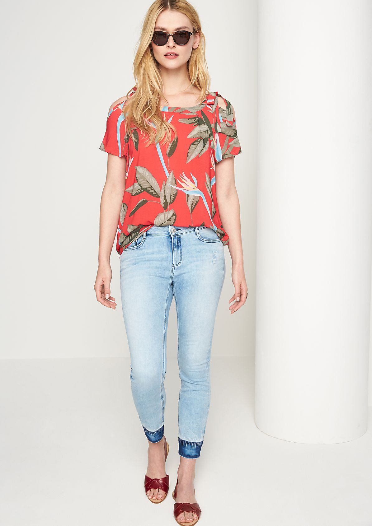 Flowing cold-shoulder blouse from comma