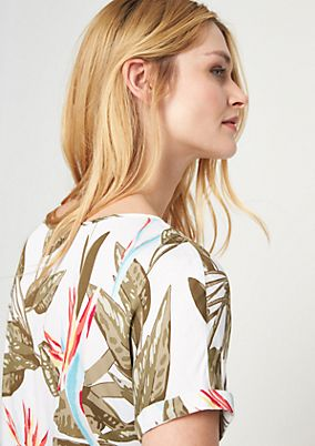 Blouse top with a tropical pattern from comma