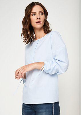 Edle Bluse mit raffinierten Details