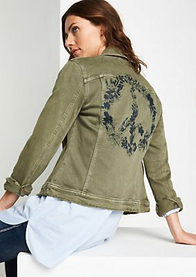 Lässige Coloured-Denim Jacke in Used-Waschung