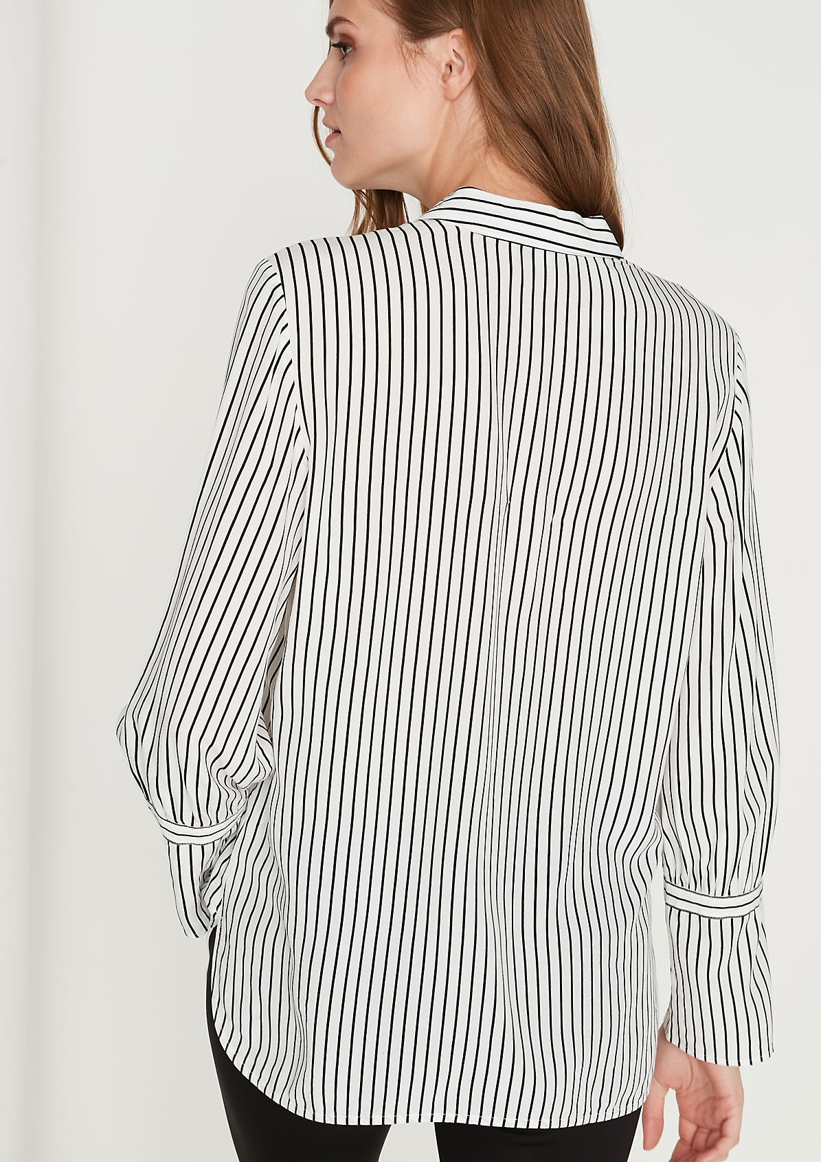 Crêpe blouse with a stripe pattern from comma