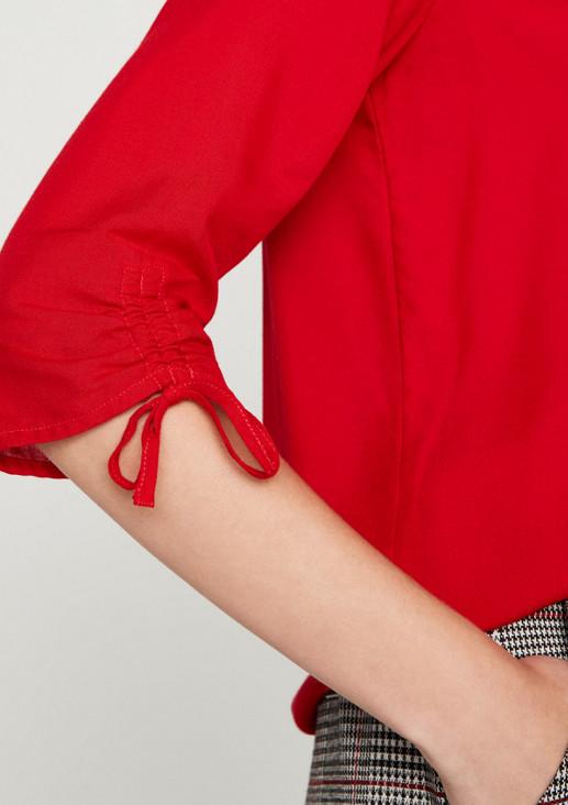 Legere Bluse mit raffinierten Details