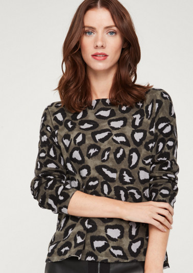 Knitted jumper with an exciting all-over pattern from comma