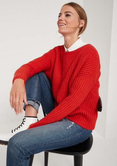 Warm knitted jumper in a ribbed look from comma