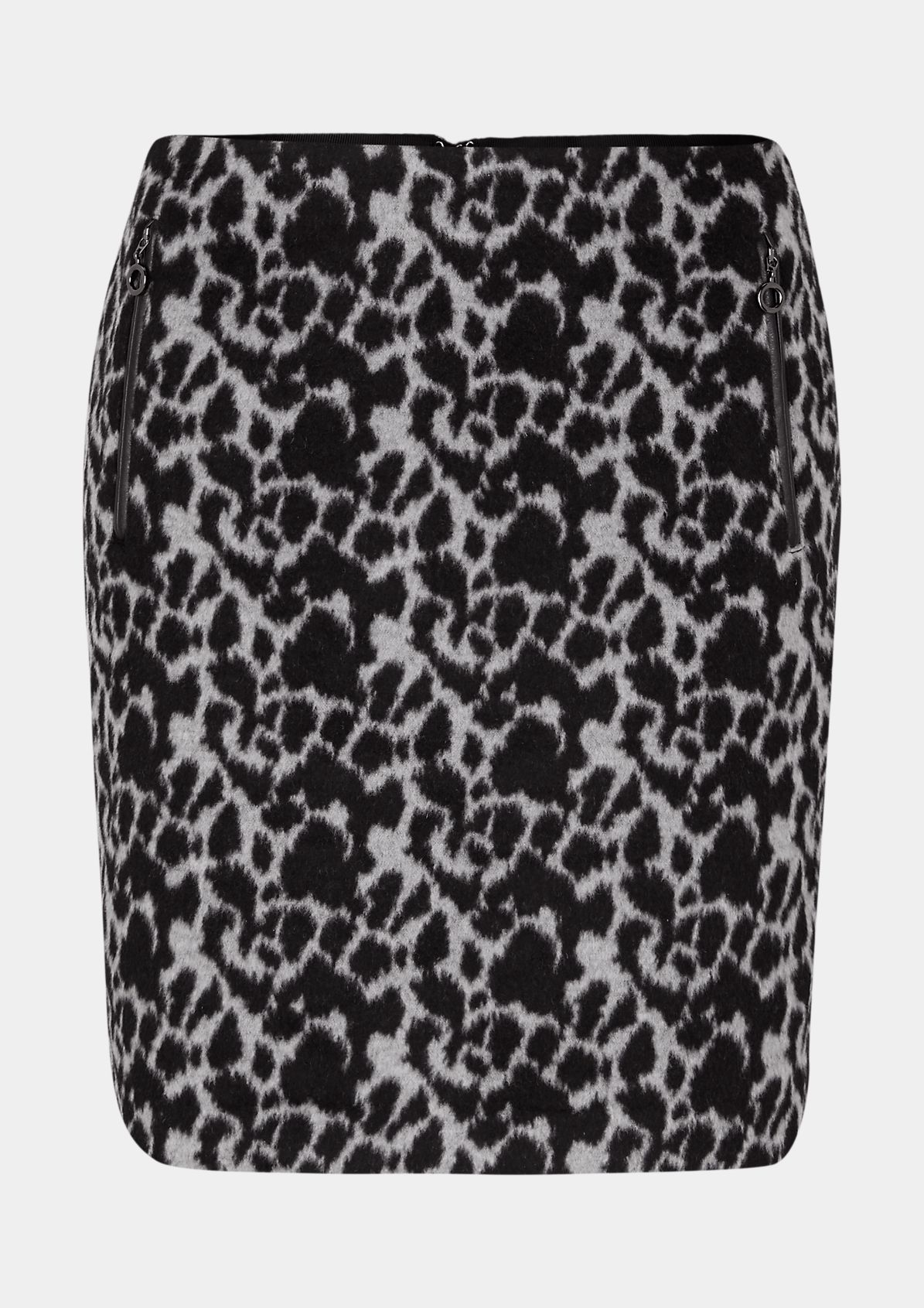 Mini skirt with an all-over leopard pattern from comma