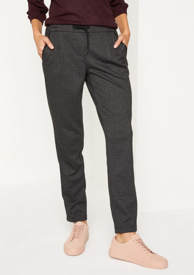 Sporty lounge trousers with a herringbone pattern from comma