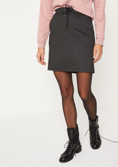 Short business skirt with a herringbone pattern from comma