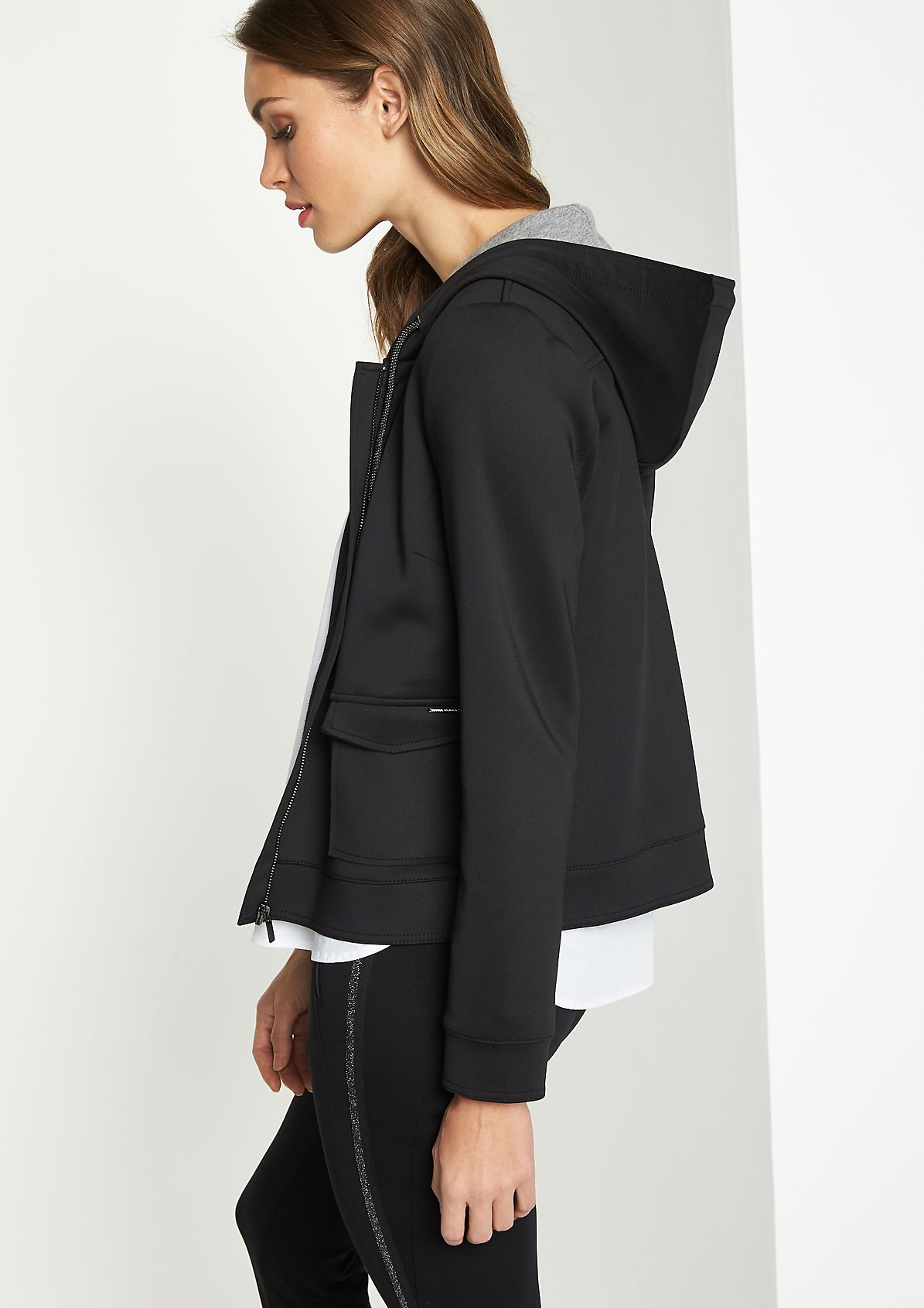 Hooded jacket with smart details from comma