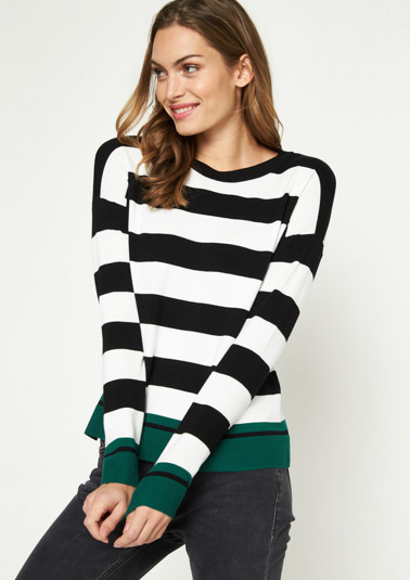 Knit jumper with a classic stripe pattern from comma