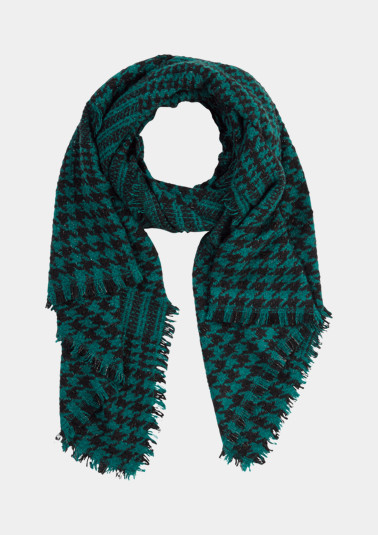 Knit scarf with a decorative pattern from comma