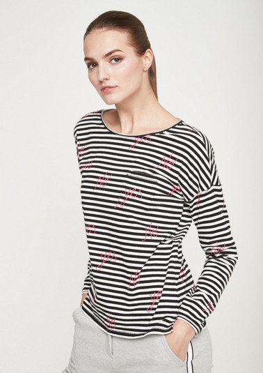 Long sleeve top with a striped pattern and statement prints from comma