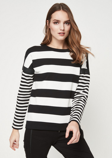 Long sleeve sweatshirt with striped pattern from comma