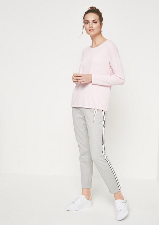 Leichter Sweater mit Bindebändern