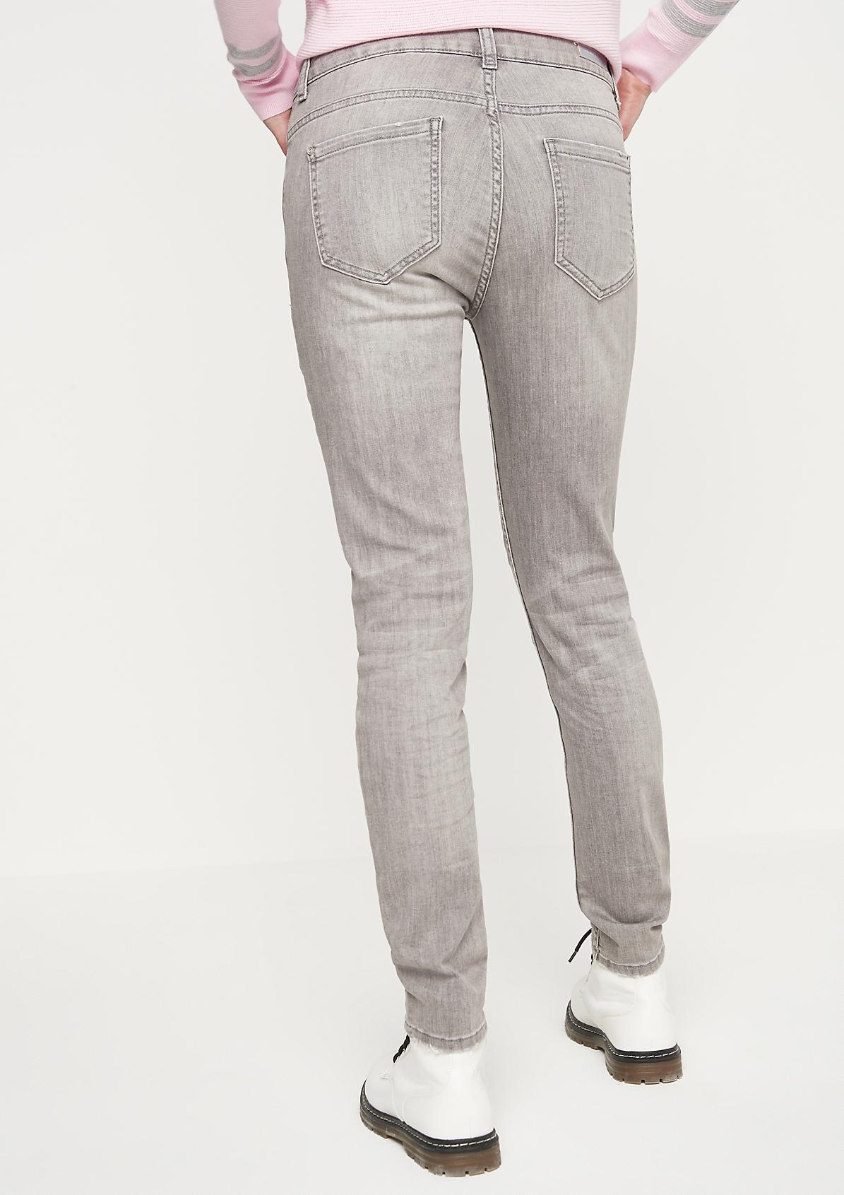 Skinny-Jeans im Used-Look