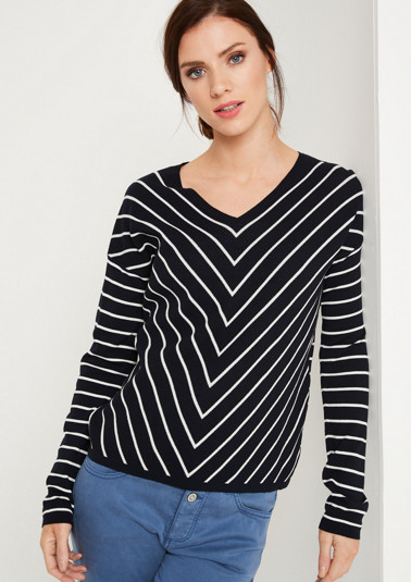 Knit jumper with a two-tone striped pattern from comma