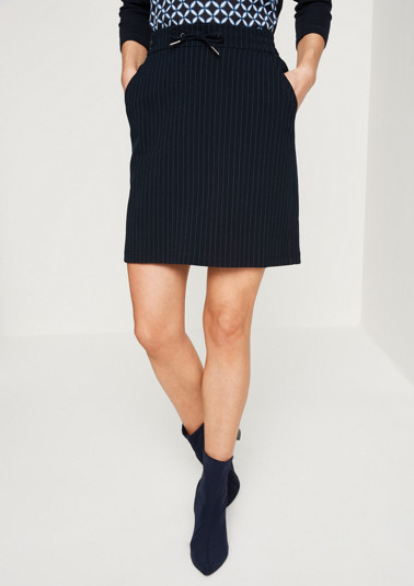 Short pinstripe business skirt from comma