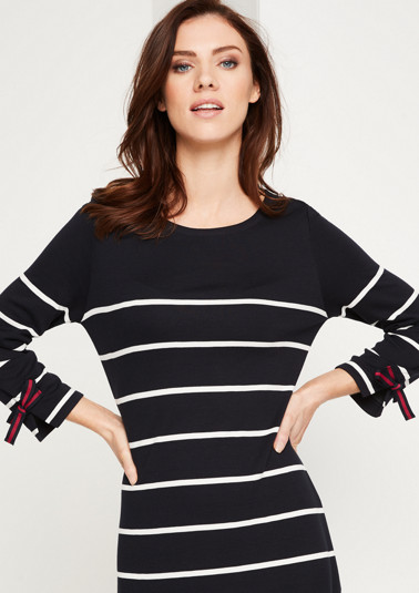 3/4-sleeve knitted dress in a striped look from comma