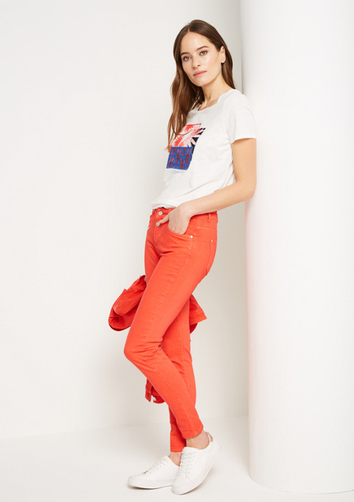 Coloured Jeans mit Zippertasche
