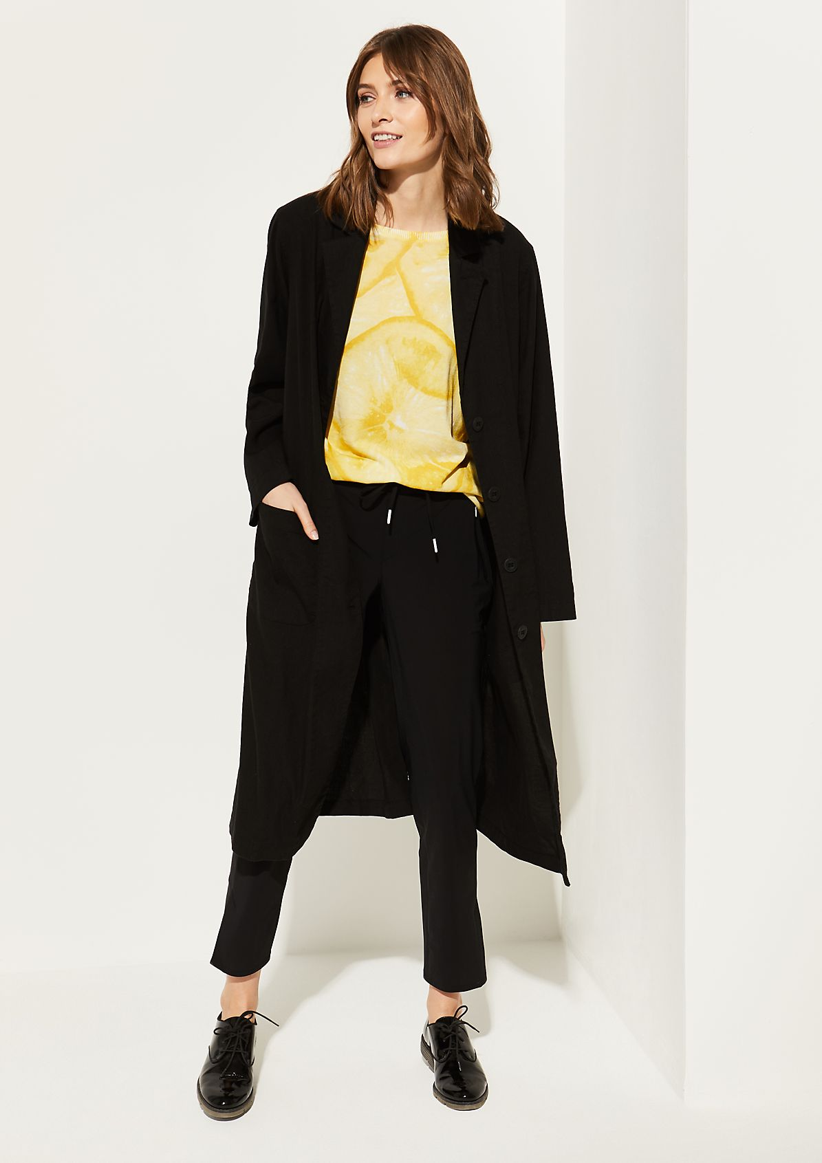 Lightweight summer coat with decorative details from comma