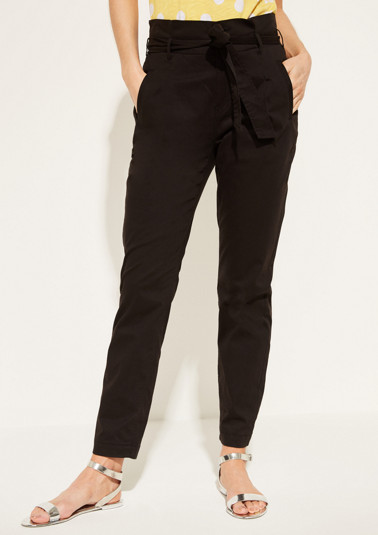 Extravagant casual trousers with a textile belt from comma