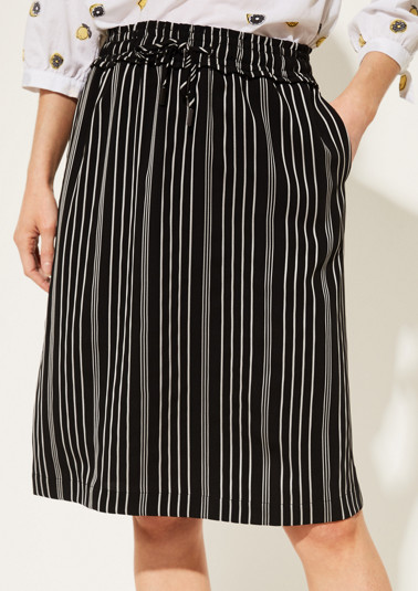 Elegant business skirt with a pinstripe pattern from comma