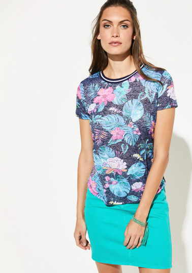 Fine knit top with a floral print from comma