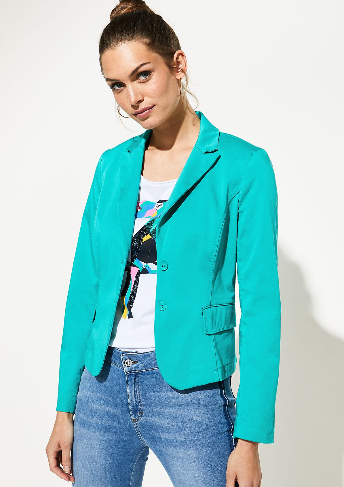 Summery blazer with flap pockets from comma