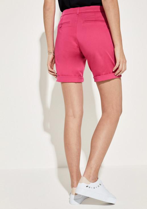 Shorts mit lässigen Details