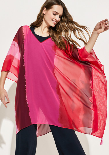 Delicate chiffon poncho with an abstract all-over print from comma
